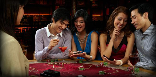 What's a surefire way to win at Pai Gow Poker online?